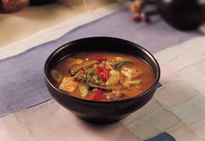 "Discover Korean Food 163: Dr. Sook-Ja Yoon's ""Doenjang Jjigae"""